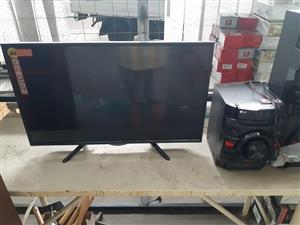 Flatscreen tv with hi fi