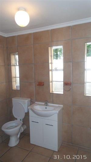 Meyerspark, Pretoria, 2 bed tuinwoonstel / garden flat / granny flat / garden cottage