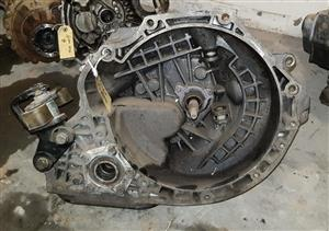 CHEV OPTRA GEARBOX