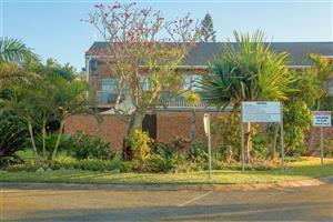 Upmarket Town house to rent in Meeresee