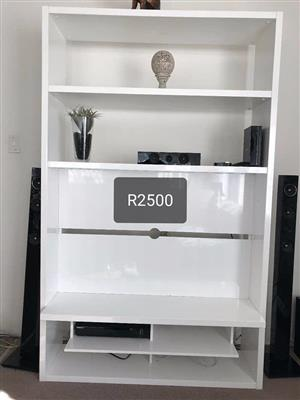 White tv wallunit for sale
