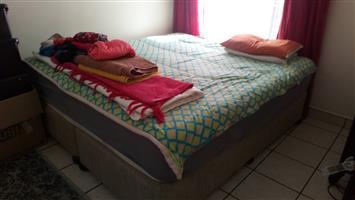 Serta King size extra length bed matras en bases te koop