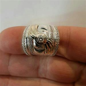 Ladies Diamond Ring for sale  Johannesburg - West Rand
