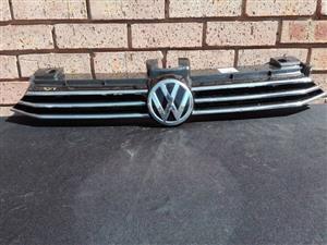 Volkswagen Passat Main Grill