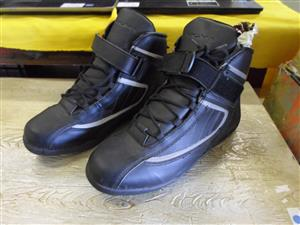 UK Size 11 - Sigma Motorcycle Boots Ref B033032939-3