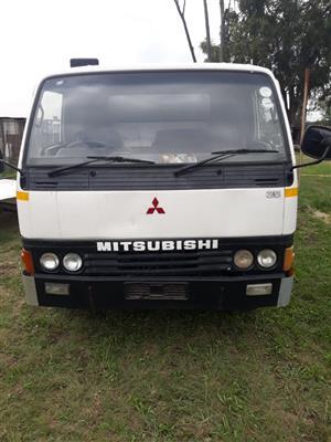 Mitsubishi Canter 4Ton truck for sale
