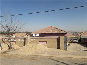3 bedroom house to rent in Cosmo City