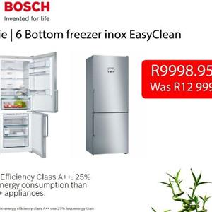 ONLY 2 LEFT!! Bosch series 6 bottom freezer fridge
