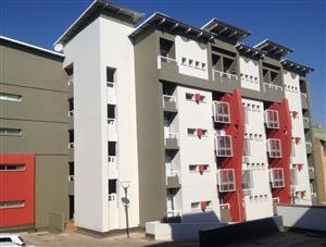 2 Bedroom apartment in Hillcrest, Hatfield opposite TUKS / UP