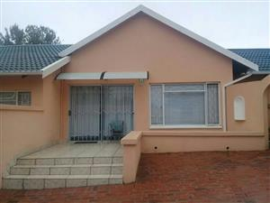 Bromhof - Furnished 1 bedroom 1 bathroom flat available R6000