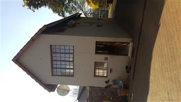 2 Bedroom Double Story Appartment to Rent