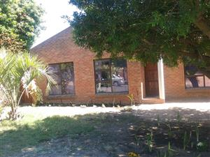 Lovely house to let in Ruwari Brackenfell