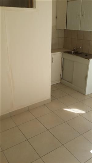NICE AND AFFORDABLE BACHELOR AND 1 BEDROOM FLATS AVAILABLE IMMEDIATELY