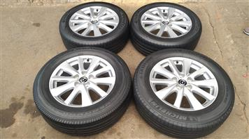 17 Inch Mazda CX 5 rims with tyres