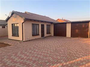 Two bedroom house to rent at Soshanguve v v