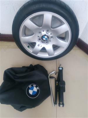 Brand New BMW 1 series 118i & 120i Biscuit Spare Wheel Kit with Tools