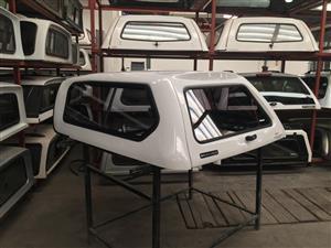 6137 Nissan NP200 Lowline White Beekman Canopy