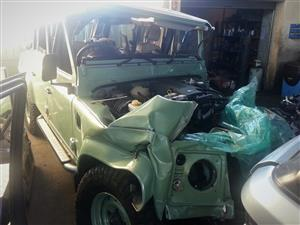 Heritage Edition Land Rover Defender Puma 2.2 Diesel Stripping for spares (12 400km) | Auto Ezi