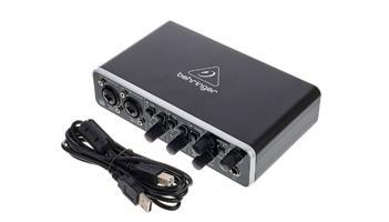 External Sound Card: Beringer U-Phoria UMC204HD USB Audio/MIDI device