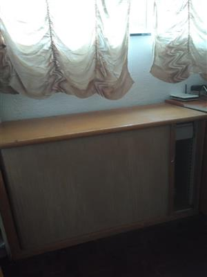 Office cabinet (rolling door)