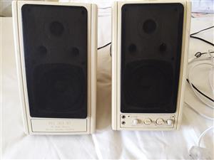MS 203 3D stereo speaker system