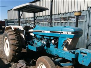 S2957 1993 Blue Ford 6610 60kW/80Hp 2x4 Pre-Owned Tractor