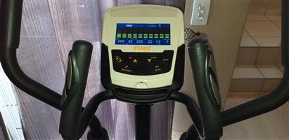 Fuel Fitness Cross Trainer