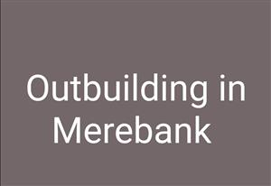 Outbuilding to rent in Merebank