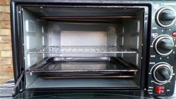Used 26L mini oven & 1 x hotplate