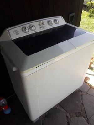 13kg Defy twintub washing machine