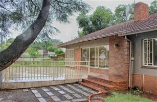 Commercial Property to Rent in Groenkloof