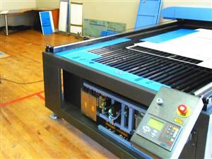 LC2-1630/C80 TruCUT Performance Range 1600x3000mm Flatbed, Conveyor Table & Feeding