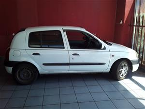 Renault Clio 1 Stripping for Spares