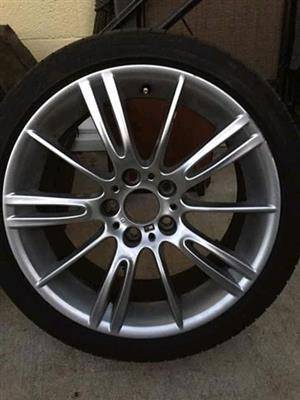 "Bmw E90 M-sport 18"" alloy mags"