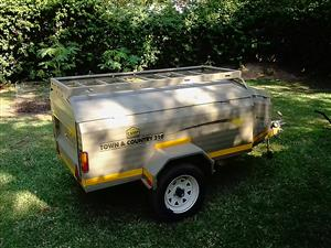 Campmaster Town & Country 210 Trailer