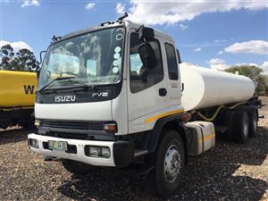 Isuzu 1400 Frighter Turbo Watertank 16 000 L Hidraulic Pump FV2 Double Axle Pre-Owned Truck