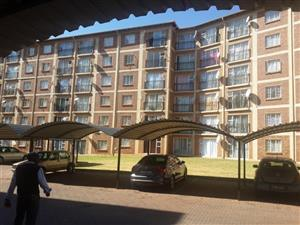 Spacious flat to rent in Karenpark