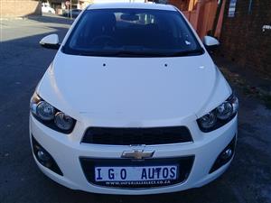 2014 Chevrolet Sonic hatch 1.4 LS