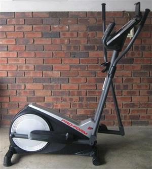 Pro Form 325 CSE elliptical cross trainer