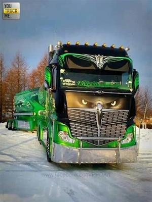START YOUR OWN TRUCKING BUSINESS