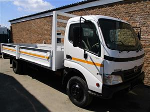 2011 HINO 300 915 WITH BRAND NEW DROPSIDE BODY
