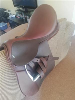 GFS Fieldhouse GP Saddle 17 inch Brown