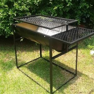 Drum braai stands with strong adjustable grid and table
