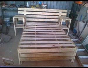 Solid wooden dubble bed