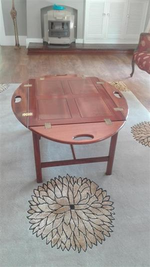 Wooden round table for sale