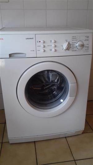 AEG Lavamat Front Loader Washing Machine for sale. Excellent working condition. Whats-app or Contact 0825830383