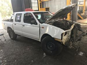 Nissan NP300 2.5 TDI YD25 stripping for spares
