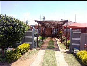 Lovely property in Soshanguve vv for the first time buyer or young family...