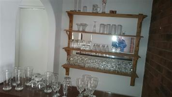 DRINKING GLASSES - AN ASSORTMENT OF GLASSES FROM SHOTS, SHERRY, TUMBLERS, WINE TO TALL GLASSES