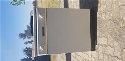 AEG Favorit 443 Dishwasher for sale